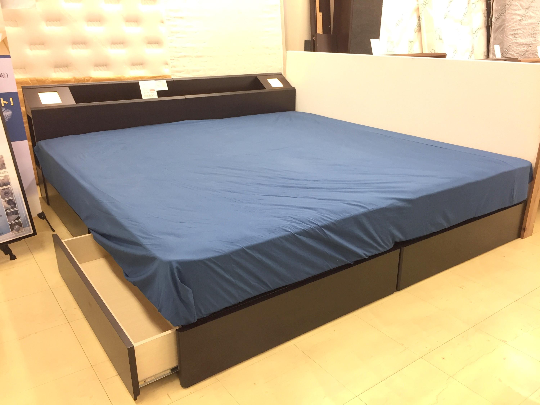 収納完備のシンメトリータイプベッド