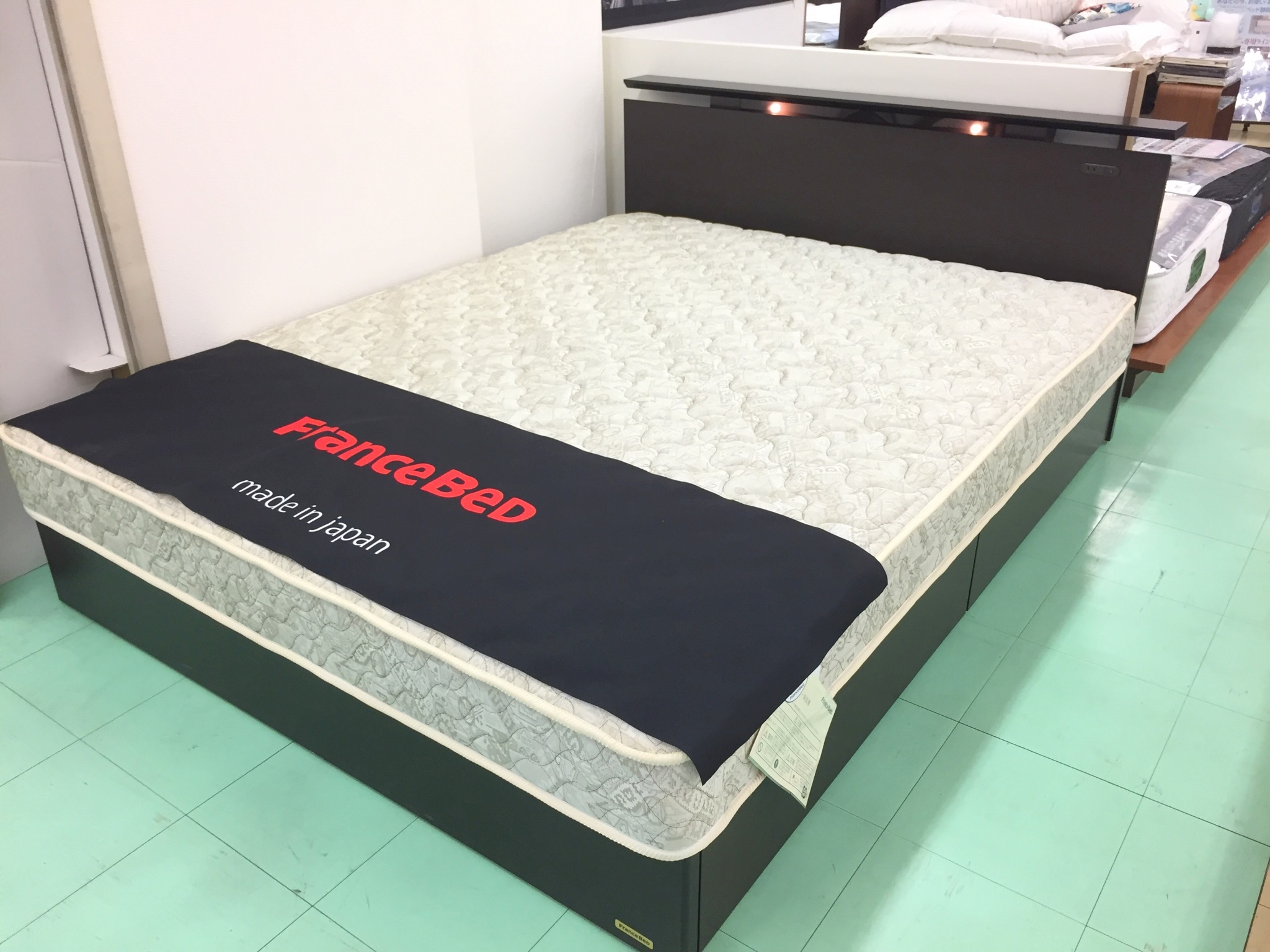 フランスベッドのお手頃国産WDベッド